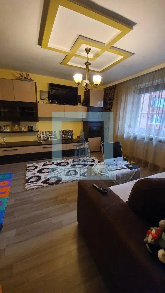 Apartament 3 camere Centrul Civic